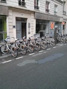 Una stazione Vèlib a Parigi