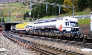 Camion su treno